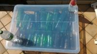 Scatola di plastica trasparente per asciugare bottiglie