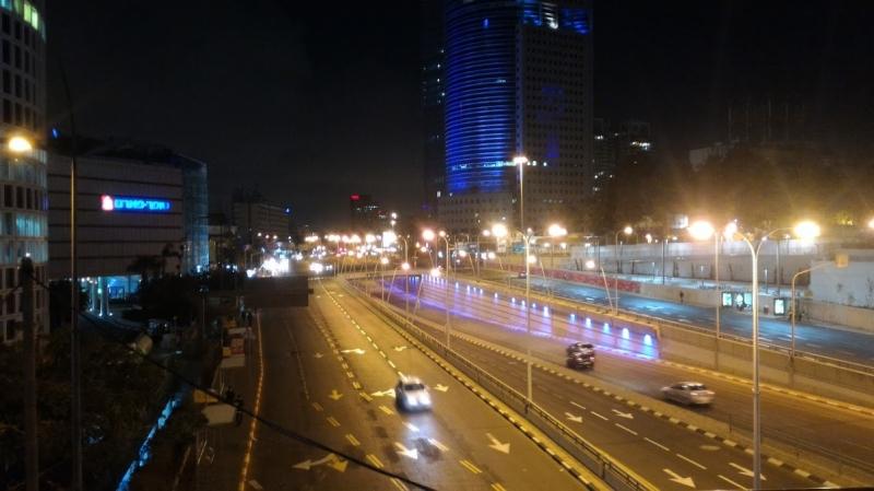 Tel Aviv Di notte, Altro